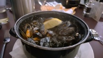 Mussels with shallots and cream